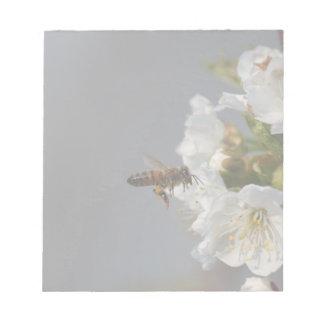 蜂蜜の蜂 ノートパッド