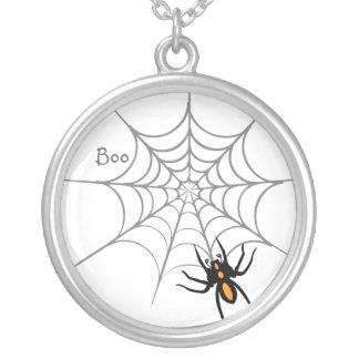 蜘蛛の巣のハロウィンのネックレス シルバープレートネックレス