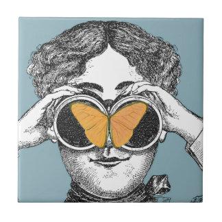 蝶および双眼鏡 タイル