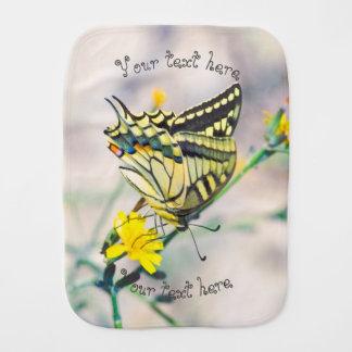 蝶および小さく黄色い花 バープクロス