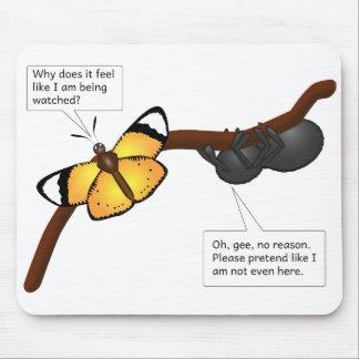 蝶くもの虫の捕食動物の犠牲の狩りの昆虫ins マウスパッド