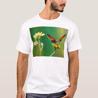 蝶すばらしい変態 Tシャツ