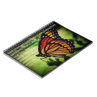 蝶への幼虫 ノートブック