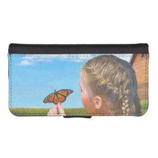 蝶財布を持つ農場で働く女性 iPhoneSE/5/5sウォレットケース