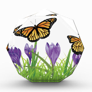 蝶2を持つ草のクロッカス 表彰盾