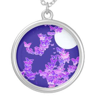 蝶-濃紺薄紫とのMoonscape シルバープレートネックレス