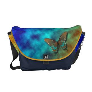蝶: 青およびブラウンのアゲハチョウ メッセンジャーバッグ