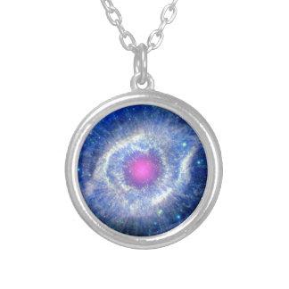 螺旋形の星雲の紫外線 シルバープレートネックレス