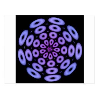 螺線形のデザインの紫色の円 ポストカード