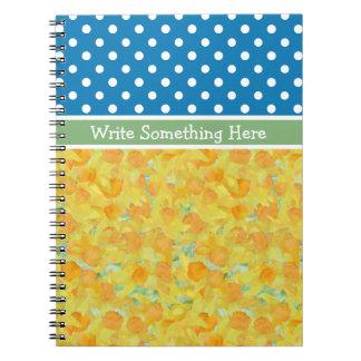 螺線形ノート: 個人化して下さい: ラッパスイセンの水玉模様 ノートブック