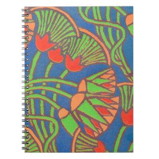 螺線形ノート、青、赤、黄色い民族のデザイン ノートブック