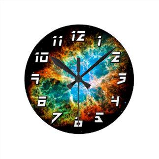 蟹星雲の超新星の残りのハッブルの宇宙の写真 ラウンド壁時計
