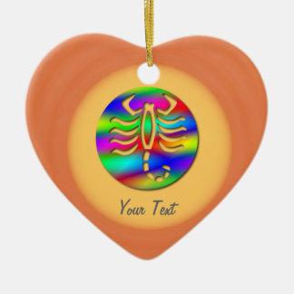 蠍座の虹色の蠍の誕生日のハート セラミックオーナメント