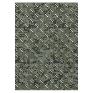 蠍座の(占星術の)十二宮図の記号のオリーブ色のデジタル迷彩柄 テーブルクロス