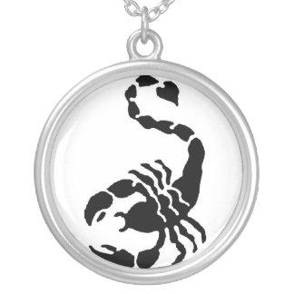 蠍 シルバープレートネックレス