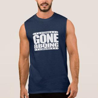 行ったBBQING -私は私の木製の餌のバーベキューのグリルを愛します 袖なしシャツ