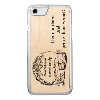 """""""行儀が良い女性まれに歴史""""の挑戦作りません CARVED iPhone 8/7 ケース"""