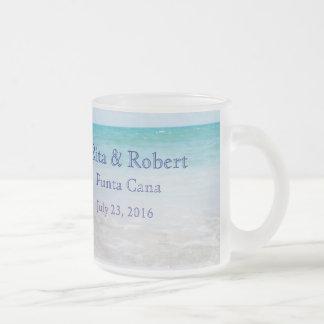 行先の結婚式の曇らされたガラスのマグ フロストグラスマグカップ