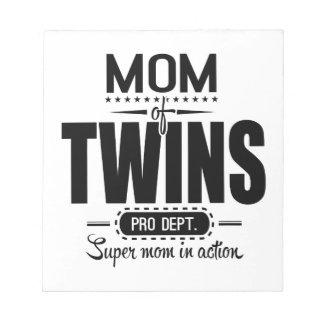 行為の双生児のプロDept. Super Momのお母さん ノートパッド