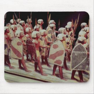 行進の武装した兵士の葬式のモデル マウスパッド