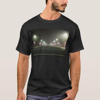 街灯の種類の近い遭遇 Tシャツ