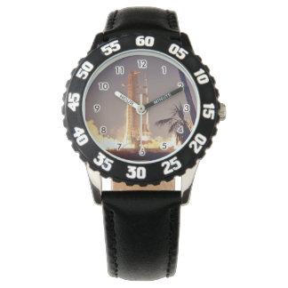 衛星ロケットのアポロ計画の宇宙飛行士の宇宙飛行士 腕時計