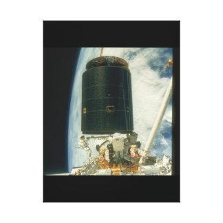 衛星。 (衛星; earth_Space キャンバスプリント