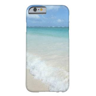 衝突の波のドミニカ共和国 BARELY THERE iPhone 6 ケース