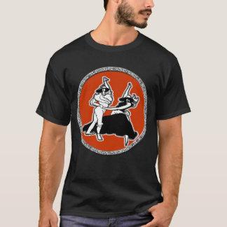 衣服のTシャツを踊るために得られる Tシャツ