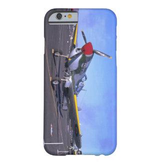 表示のP40、Front_WWIIの飛行機 Barely There iPhone 6 ケース