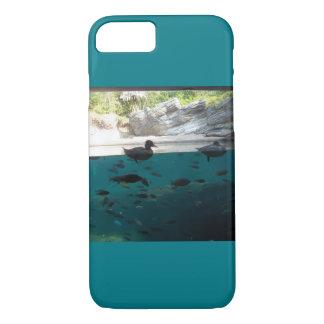 表面のアヒルまたは魚の電話箱の下 iPhone 8/7ケース