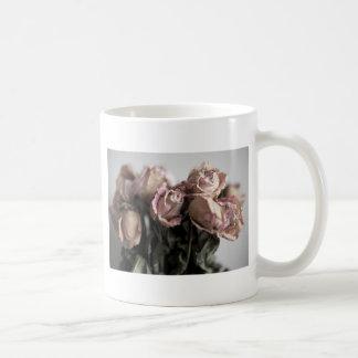 衰退したバラ コーヒーマグカップ