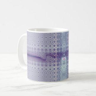 衰退した紫色のフラクタルのコーヒー・マグ コーヒーマグカップ