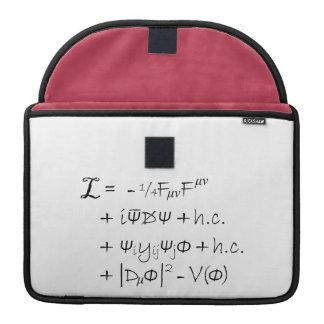 袖のmacの本-標準モデル MacBook proスリーブ