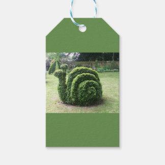 装飾刈り込み法の庭の緑のおもしろいのかたつむり ギフトタグ