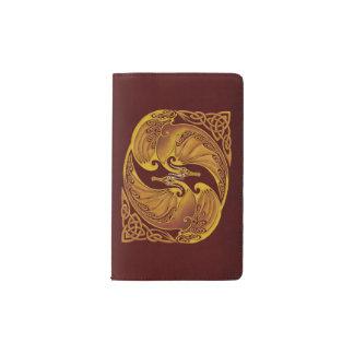 装飾用のケルト族のドラゴン ポケットMoleskineノートブック