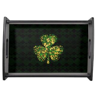 装飾的なアイルランドのシャムロック-クローバーの金ゴールドおよび緑 トレー