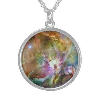 装飾的なオリオンの星雲の銀河系の宇宙の写真 スターリングシルバーネックレス