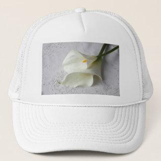 装飾的な布の帽子の白いオランダカイウユリ キャップ