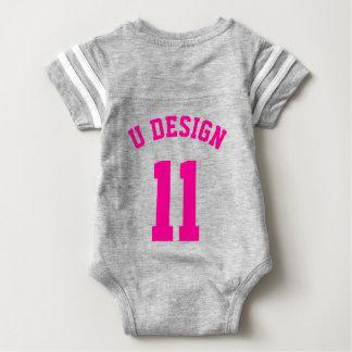 裏側の灰色及びマゼンタの赤ん坊|のスポーツジャージー ベビーボディスーツ