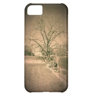 裏庭のIphone 5の場合の木を見る古いTimey iPhone5Cケース