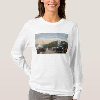 製材に荷を積む船 Tシャツ
