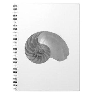 複雑さのシンプルのオウムガイの貝 ノートブック