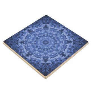 複雑なロイヤルブルーの万華鏡のように千変万化するパターン ウッドコースター