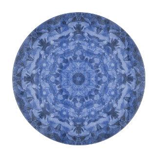 複雑なロイヤルブルーの万華鏡のように千変万化するパターン カッティングボード