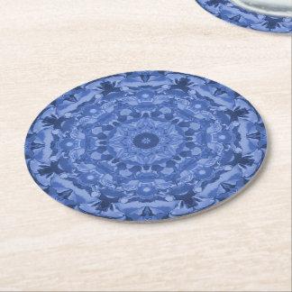 複雑なロイヤルブルーの万華鏡のように千変万化するパターン ラウンドペーパーコースター