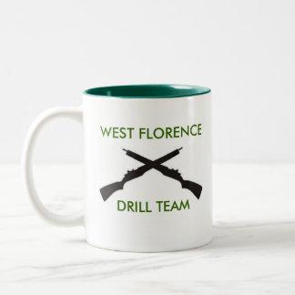 西のFloreceの高等学校の閲兵行進部隊のマグ ツートーンマグカップ