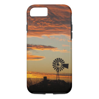 西部の風車の日没 iPhone 7ケース