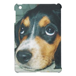 見ますビーグル犬の子犬 iPad MINI CASE