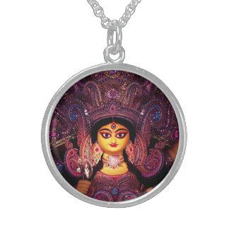 見事な女神Durga! スターリングシルバーネックレス
